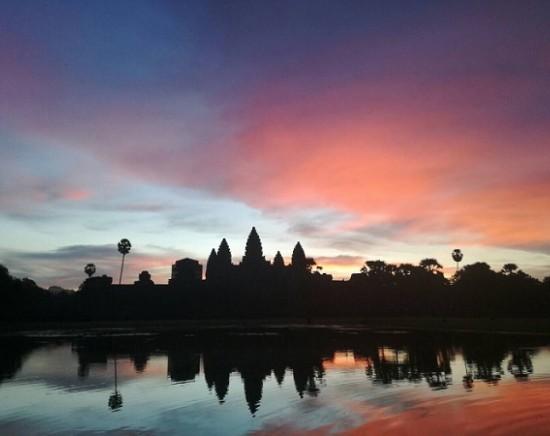 【カンボジア】バンコク出発は少しのんびり♪世界遺産アンコールワット クメール文化を訪ねて 1泊2日
