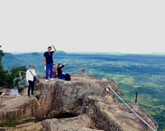 【カンボジア】3つの世界遺産を制覇 アンコール遺跡&プレアビヒア&サンボ―プレイクック 1泊2日