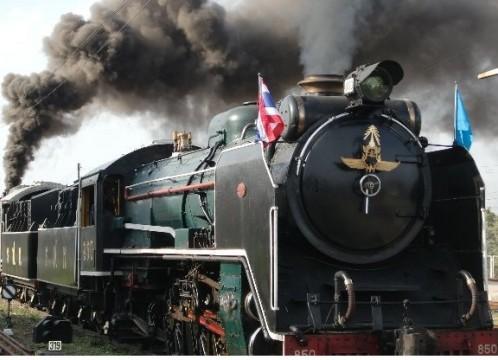 【8月12日(水/祝)限定】蒸気機関車に乗る!ピンクガネーシャ半日観光<日本語ガイド/午後>