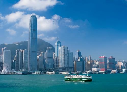 香港 香港島 ビル群 とビクトリアハーバー イメージ