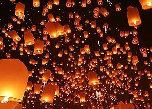 【10月31日or11月1日発 】タイ国際航空 or バンコクエアウェイズで行く!コムロイ(ランタン)祭り 1泊2日